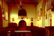 Pohled od hlavního oltáře ke kůru